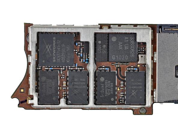 Как разобрать телефон iPhone 4 (35)