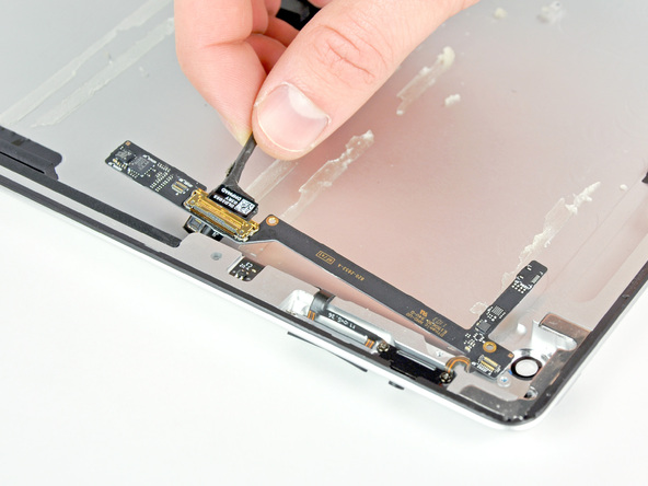 Как разобрать планшет Apple iPad 2 Wi-Fi (27)