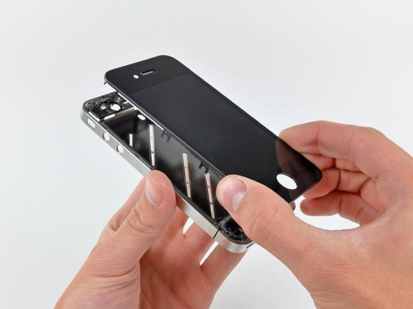 Как разобрать телефон iPhone 4 (43)