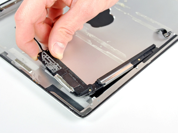 Как разобрать планшет Apple iPad 2 Wi-Fi (36)