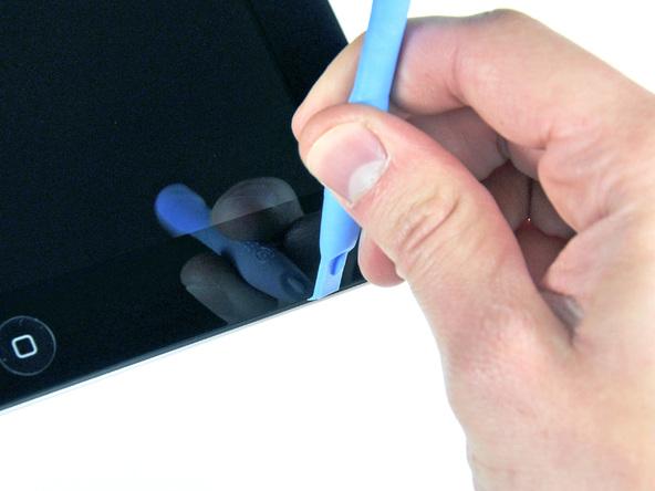 Как разобрать планшет Apple iPad 2 Wi-Fi (7)