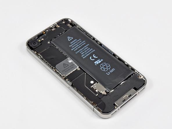 Как разобрать телефон iPhone 4 (10)