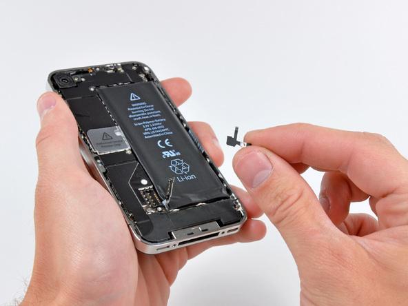 Как разобрать телефон iPhone 4 (12)