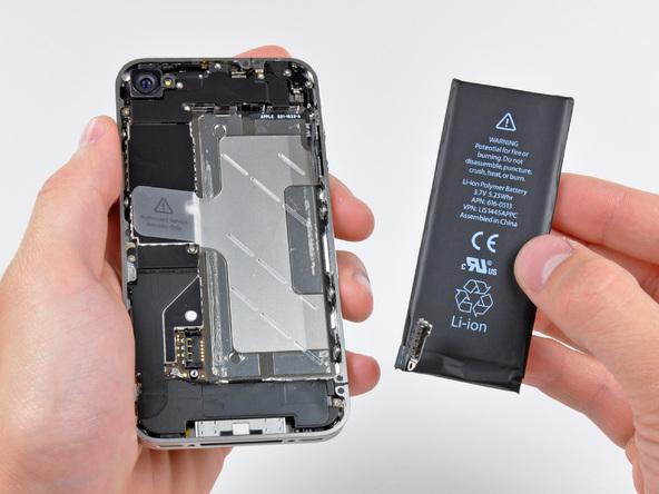 Как разобрать телефон iPhone 4 (13)
