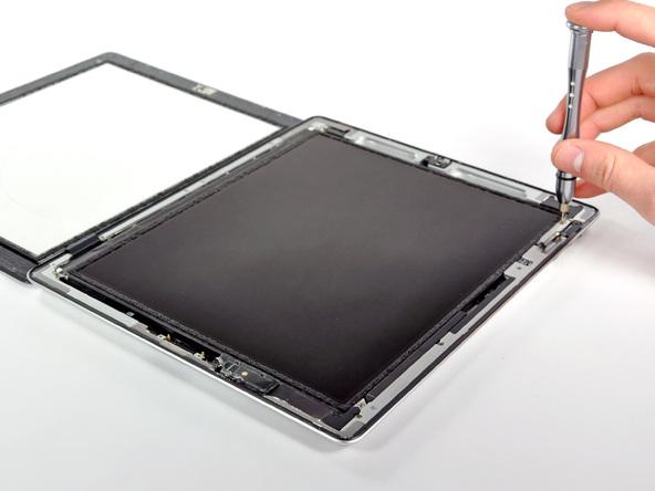 Как разобрать планшет Apple iPad 2 Wi-Fi (9)