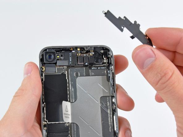 Как разобрать телефон iPhone 4 (16)