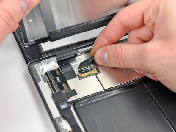 Как разобрать планшет Apple iPad 2 Wi-Fi (11)