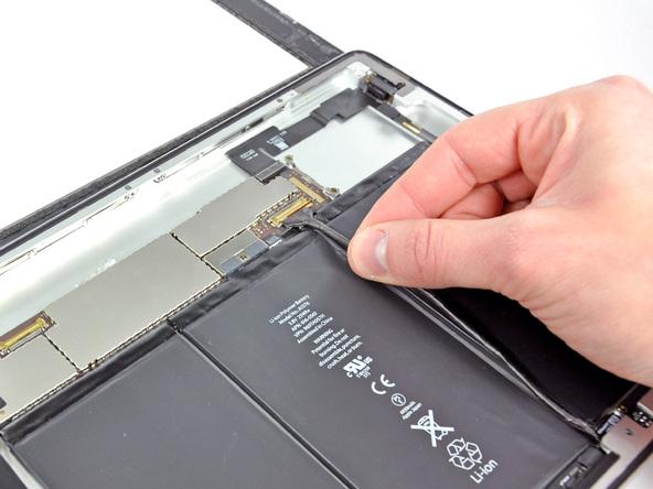 Как разобрать планшет Apple iPad 2 Wi-Fi (13)