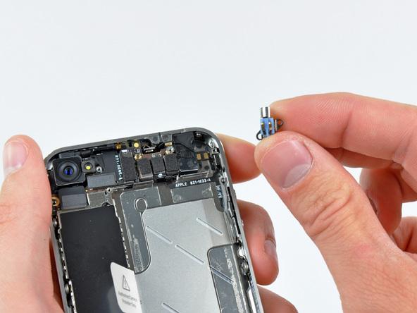 Как разобрать телефон iPhone 4 (22)
