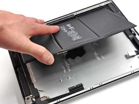 Как разобрать планшет Apple iPad 3 4G (39)