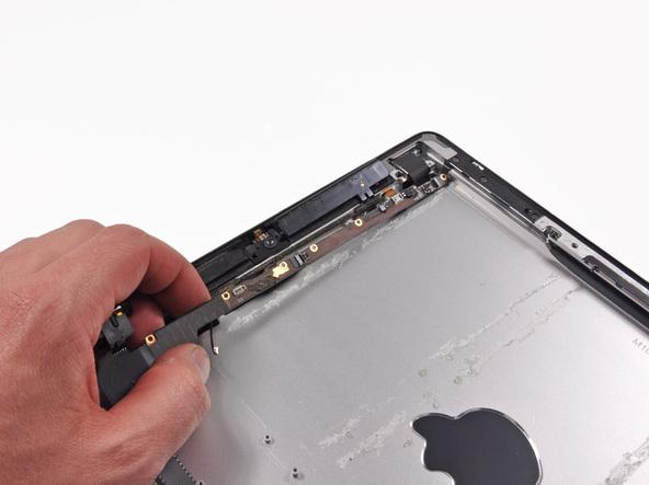 Как разобрать планшет Apple iPad 3 4G (48)