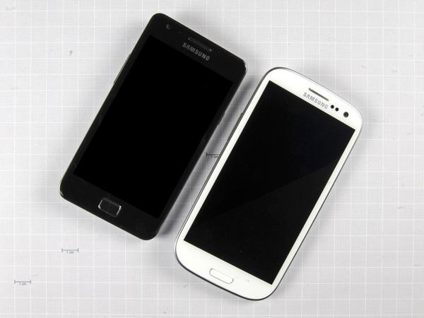 Как разобрать телефон Samsung Galaxy S III (3)