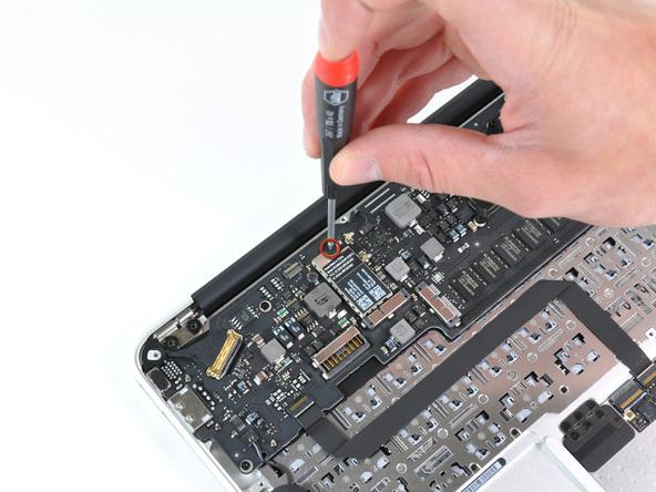 """Как разобрать ноутбук Apple MacBook Air 11"""" (21)"""
