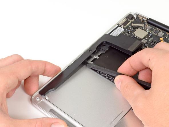 """Как разобрать ноутбук Apple MacBook Air 13"""" (24)"""