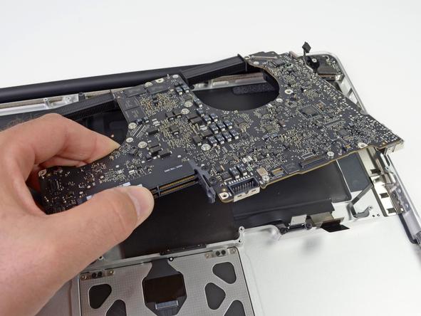 """Как разобрать ноутбук Apple MacBook Pro 15"""" Unibody (21)"""