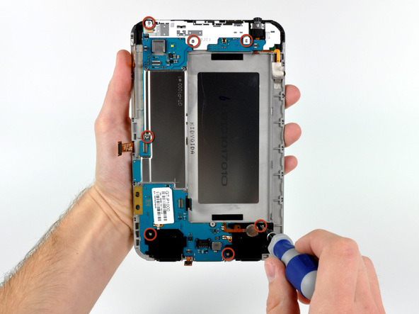 Как разобрать планшет Samsung Galaxy Tab (26)