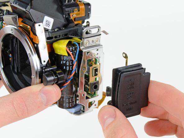 Как разобрать фотоаппарат Nikon D5100 (25)