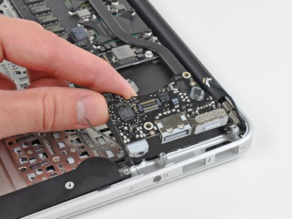 """Как разобрать ноутбук Apple MacBook Air 11"""" (26)"""