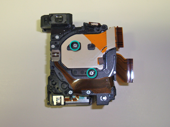 Как разобрать фотоаппарат Sony Cyber-Shot DSC-W120 (32)