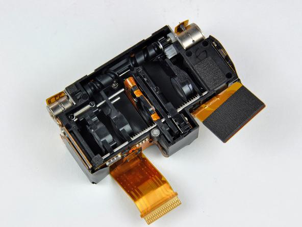 Как разобрать фотоаппарат Nikon Coolpix S1000pj (30)