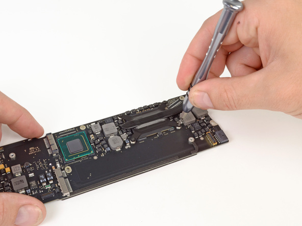 """Как разобрать ноутбук Apple MacBook Air 13"""" (34)"""