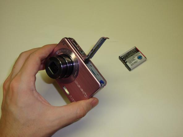 Как разобрать фотоаппарат Sony Cyber-Shot DSC-W120 (5)