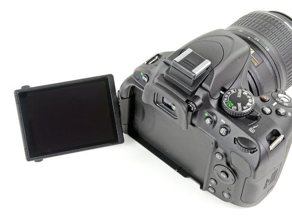 Как разобрать фотоаппарат Nikon D5100 (3)