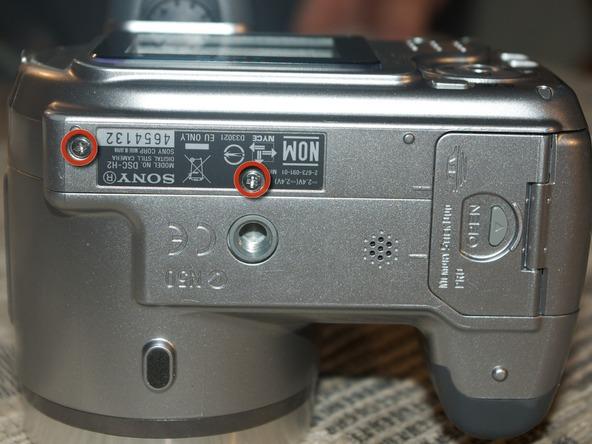 Как разобрать фотоаппарат Sony Cyber-shot DSC-H2 (9)