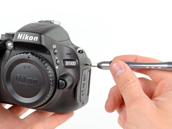 Как разобрать фотоаппарат Nikon D5100 (7)
