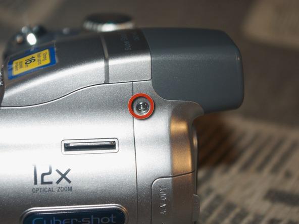 Как разобрать фотоаппарат Sony Cyber-shot DSC-H2 (11)