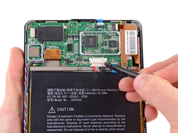 Как разобрать планшет Amazon Kindle Fire (11)
