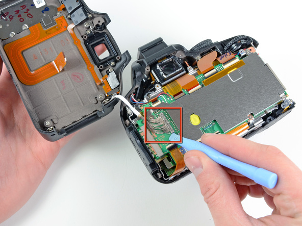 Как разобрать фотоаппарат Nikon D5100 (10)