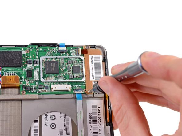 Как разобрать планшет Amazon Kindle Fire (14)