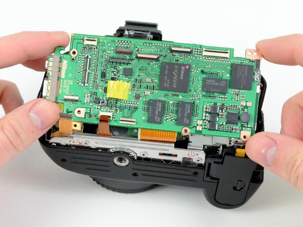 Как разобрать фотоаппарат Nikon D5100 (13)