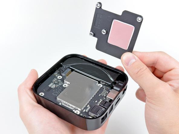 Как разобрать телевизионную приставку Apple TV 2nd Generation (14)