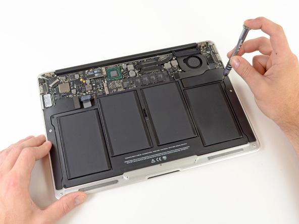 """Как разобрать ноутбук Apple MacBook Air 13"""" (15)"""