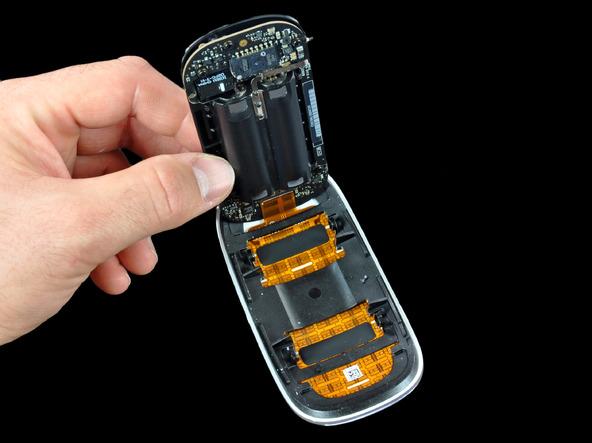 Как разобрать мышь Apple Magic Mouse (14)