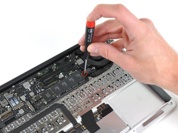 """Как разобрать ноутбук Apple MacBook Air 11"""" (16)"""
