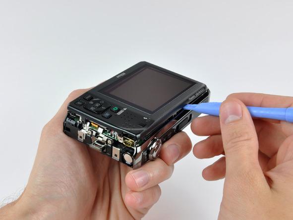 Как разобрать фотоаппарат Nikon Coolpix S1000pj (16)