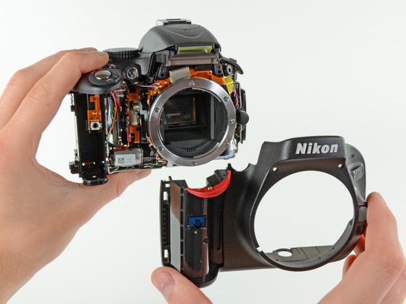 Как разобрать фотоаппарат Nikon D5100 (18)