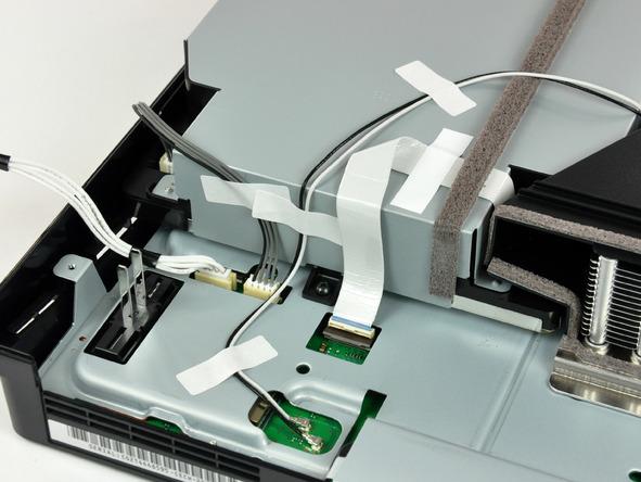Как разобрать игровую консоль Sony PlayStation 3 Slim (33)