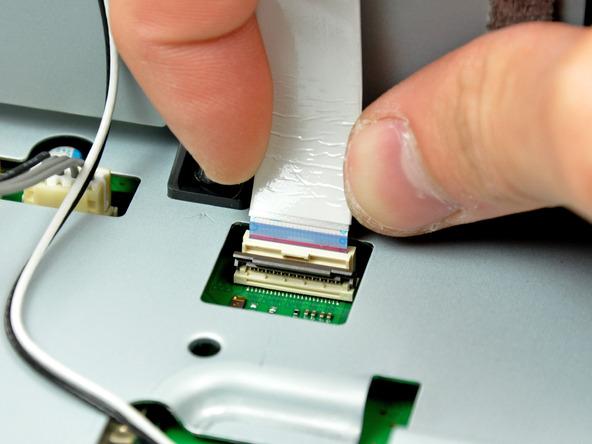 Как разобрать игровую консоль Sony PlayStation 3 Slim (36)