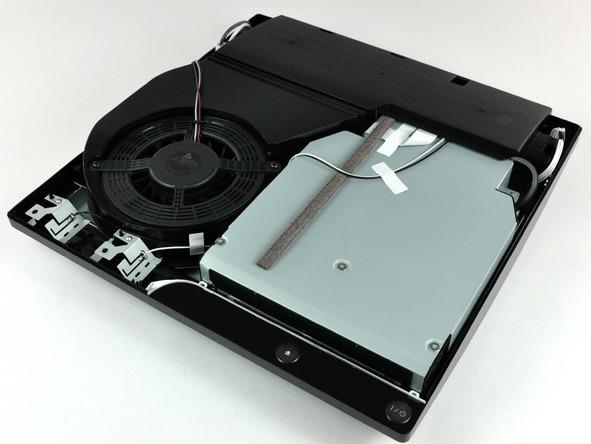 Как разобрать игровую консоль Sony PlayStation 3 Slim (19)
