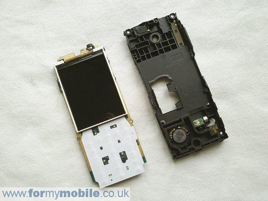 Как разобрать телефон Sony Ericsson Cedar J108 (8)