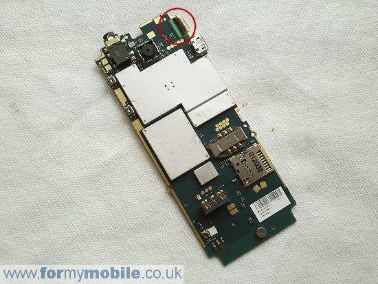 Как разобрать телефон Sony Ericsson Cedar J108 (9)