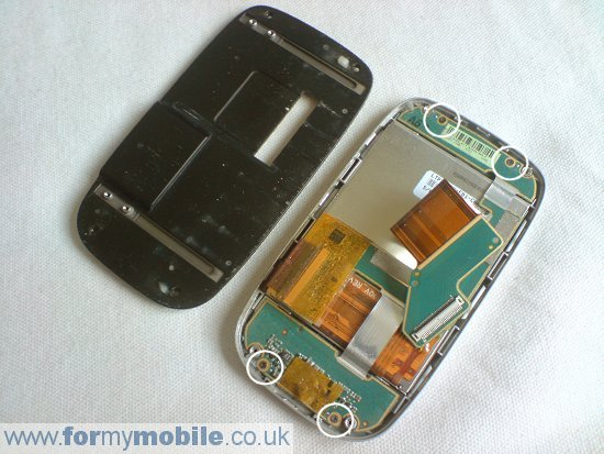 Как разобрать телефон O2 XDA Mini S (13)