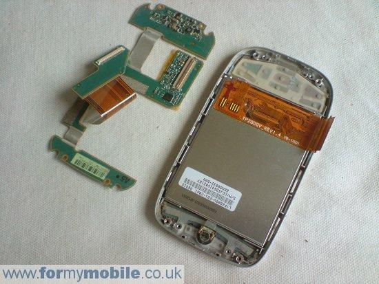 Как разобрать телефон O2 XDA Mini S (14)