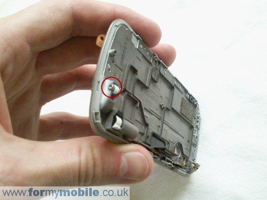 Как разобрать телефон Nokia N97 (15)