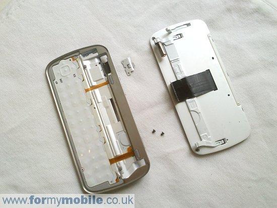 Как разобрать телефон Nokia N97 (17)