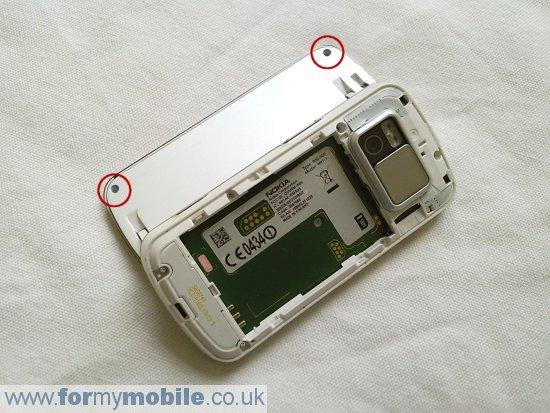 Как разобрать телефон Nokia N97 (3)